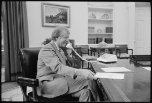Jimmy_Carter_at_his_desk_in_the_Oval_Office_-_NARA_-_175967